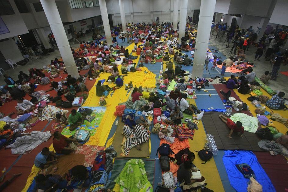 Tajlandia szykuje się na tropikalną burzę