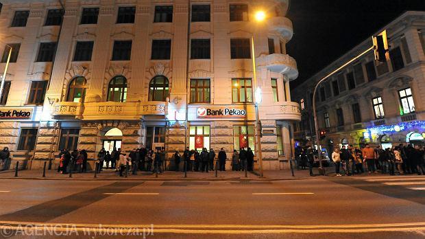 Zdjęcie numer 0 w galerii - Pokaz sztucznych ogni na placu Ratuszowym w Bielsku-Białej