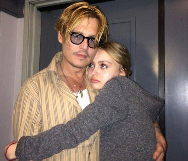 Lily-Rose Melody Depp, Johnny Depp