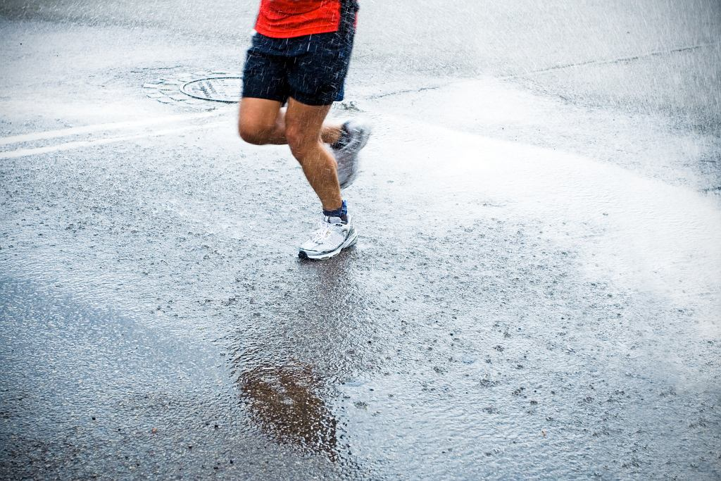 Biegaj w deszczu!