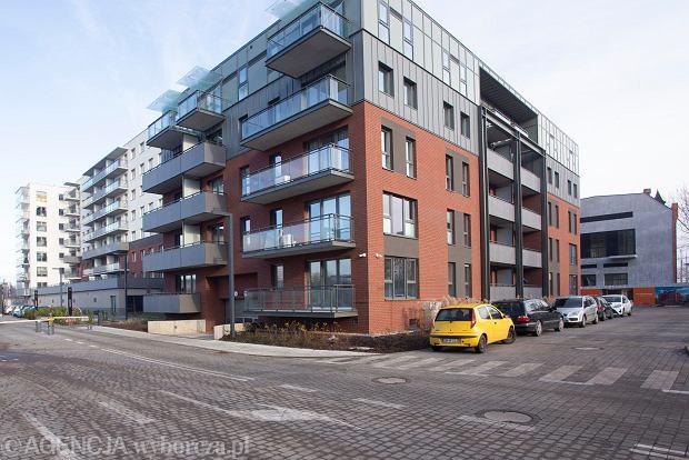 Na rewitalizowanym terenie dawnego Browaru Piastowskiego powstają lofty i nowe mieszkania. Część z nich przeznaczona została do wynajmu