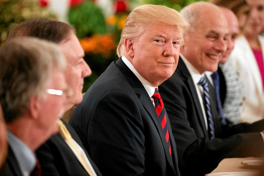 11.06.2018 r., Donald Trump na spotkaniu z premierem Singapuru.