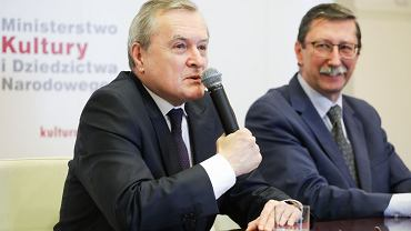 Minister kultury Piotr Gliński i prof. Jan Żaryn