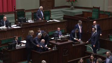 Poseł Kropiwnicki zemdlał podczas wystąpienia