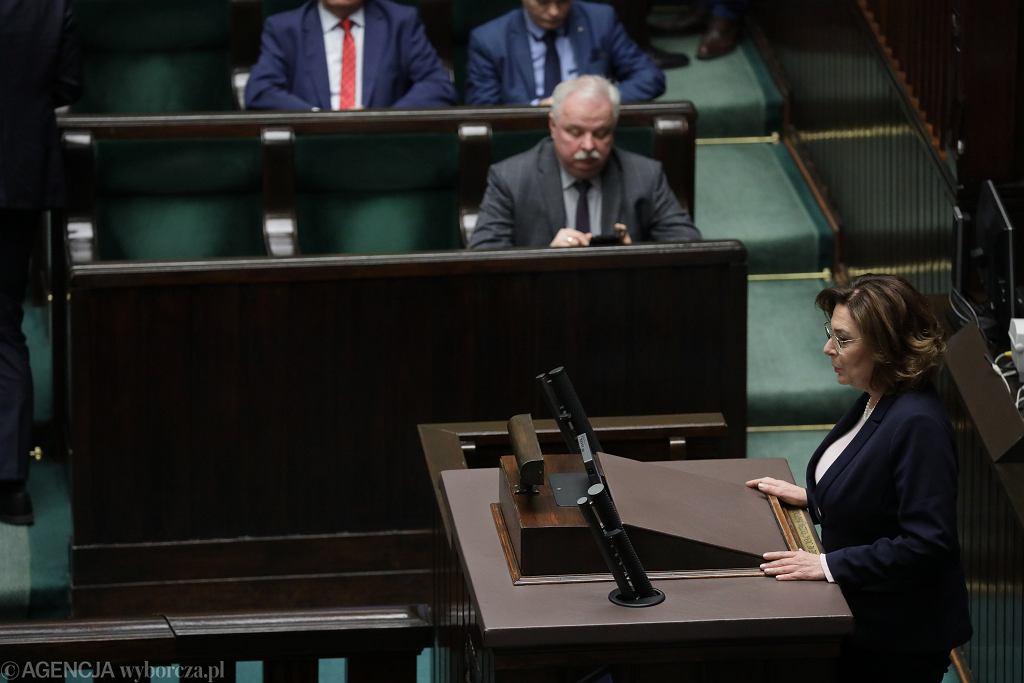 -7 , Nadzwyczajne Posiedzenie Sejmu X Kadencji