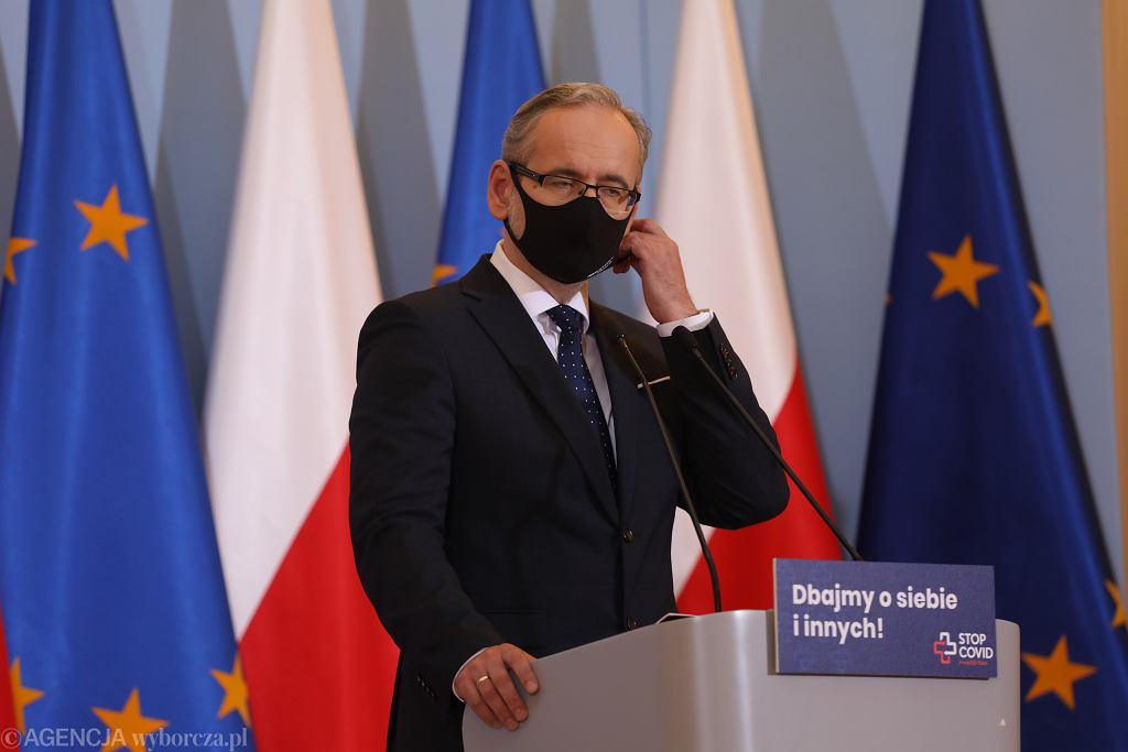 Konferencja prasowa ministra zdrowia. Adam Niedzielski ogłosił ogólnopolski lockdown
