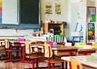 We Francji wzrost zachorowań po powrocie do szkół. Włoski rząd nie chce ryzykować. Poluzował program nauczania