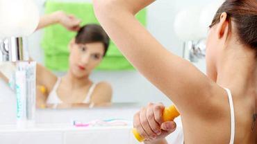 Jesteś pewna, że prawidłowo stosujesz dezodorant?