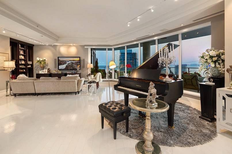 '50 Shades of Grey'. Apartament Christiana Greya
