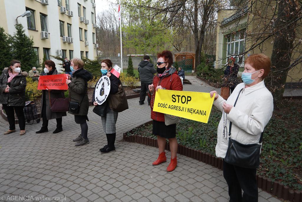Sad Rejonowy . Rozprawa w sprawie karnej Watchdog vs. Fundacja Lux Veritatis - obrońcy Tadeusza Rydzyka