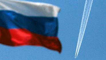 Rosyjska flaga i samolot