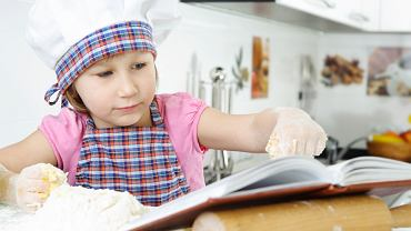 Książka kucharska dla dzieci. Zdjęcie ilustracyjne