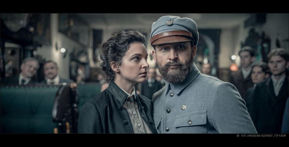 Maria Dębska i Borys Szyc, kadr z filmu 'Piłsudski'