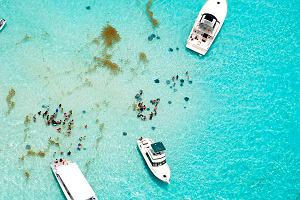 Wypłyń poza Europę! Egzotyczne rejsy na Karaiby, nad Zatokę Meksykańską i do Argentyny!