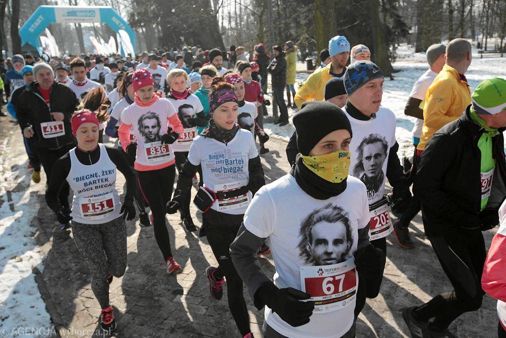 Bardziej doświadczeni biegacze biegacze pokonali dystans 10 km, a początkujący ok. 2 km.