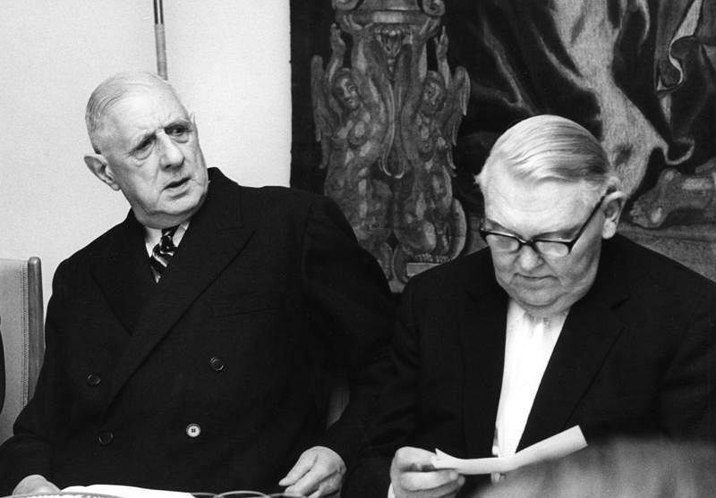 Charles de Gaulle i Ludwig Erhard (z prawej)