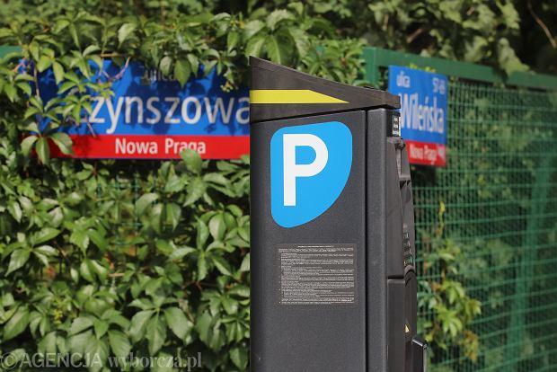 Strefa Płatnego Parkowania w Warszawie tej jesieni powiększy się o 266 ulic. I to nie koniec