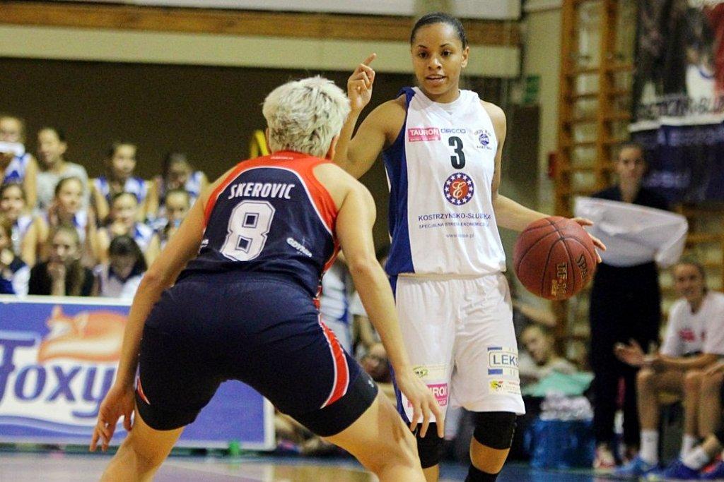 Tauron Basket Liga Kobiet: KSSSE AZS PWSZ Gorzów - Basket Gdynia 61:68 (18:18, 6:19, 20:12, 17:19)