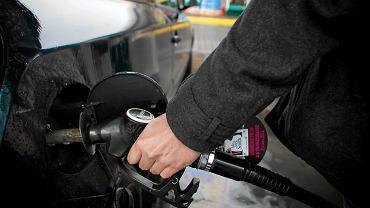Diesle droższy od benzyny