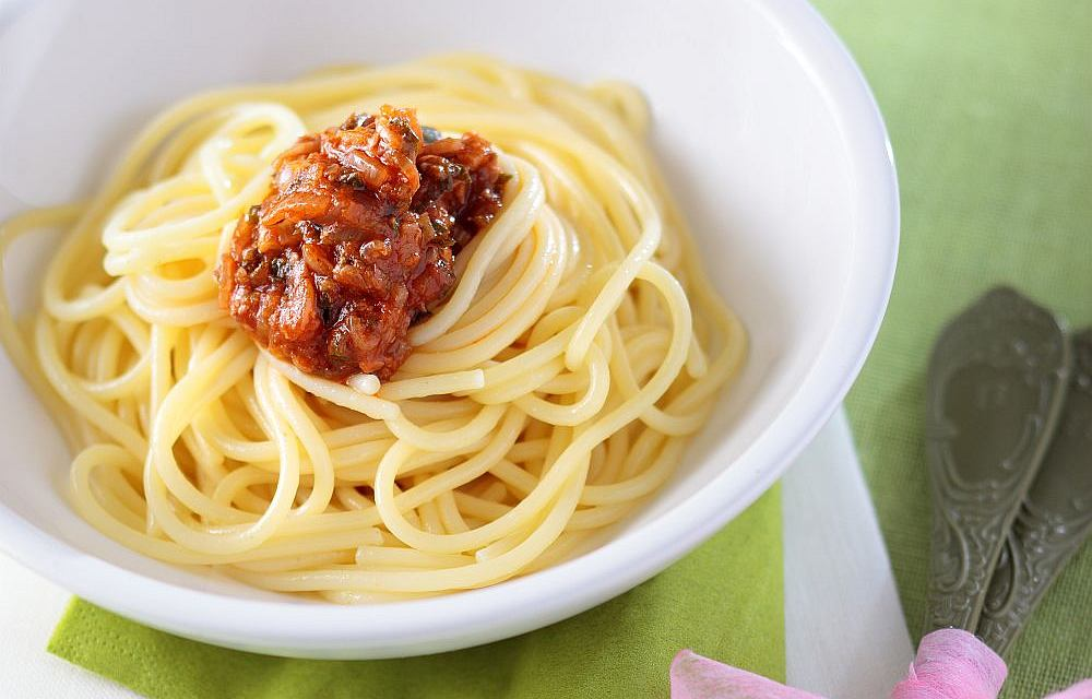 Spaghetti z sosem anchois