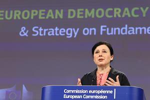 Rezygnując z unijnego Funduszu Odbudowy, Polska straciłaby bardzo wiele. Sojusz z Węgrami tego nie wynagrodzi