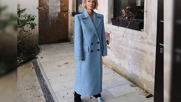 Magda Mołek w płaszczu Reserved