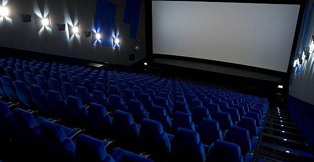 Kino. Polacy coraz częściej chodzą na krajowe filmy