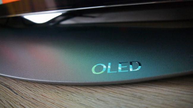 Co to jest OLED i czemu jest podobny do kanapki z serem?