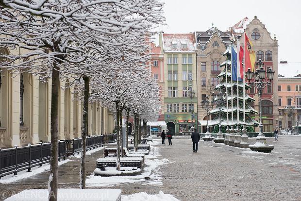 Zdjęcie numer 57 w galerii - Wrocław pod śniegiem. Zobacz zimowe zdjęcia z centrum miasta [FOTO]