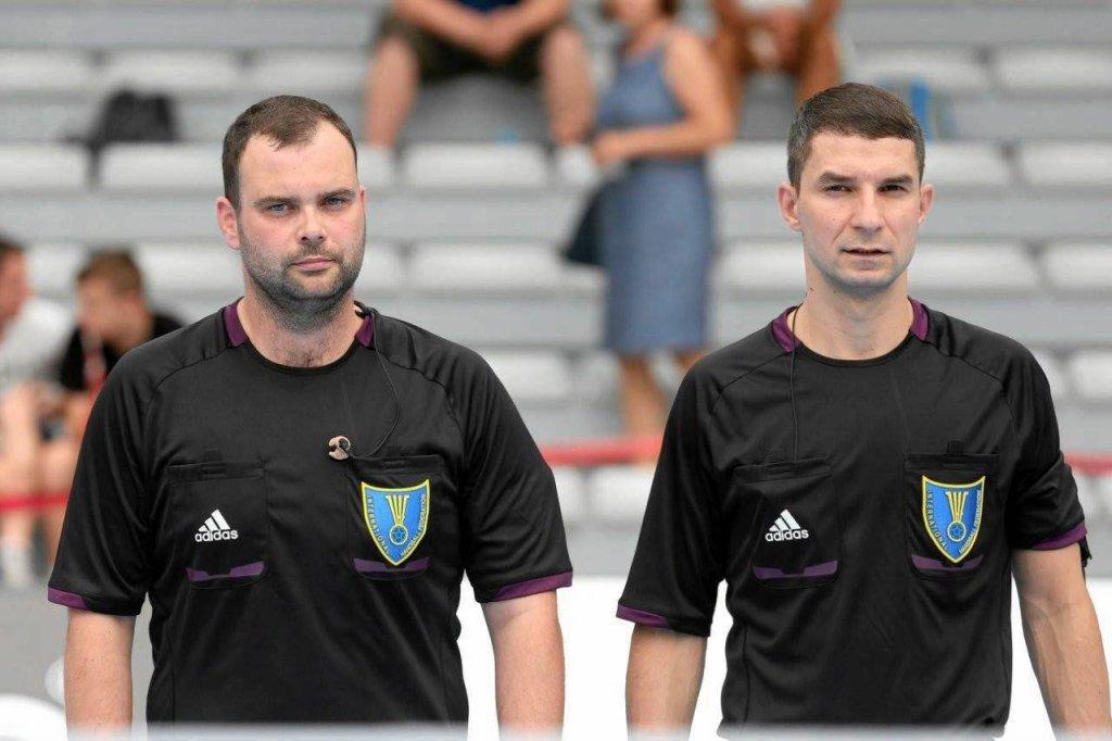 Bartosz Leszczyński i Marcin Piechota, międzynarodowa para sędziów piłki ręcznej z Płocka