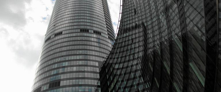 Wrocław. Sky Tower będzie wystawiony na sprzedaż. Budowa pochłonęła miliard złotych