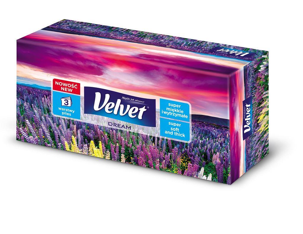 Chusteczki Velvet zyskały dodatkową warstwę miękkości.