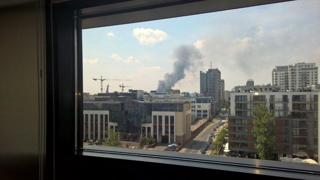 Pożar na Woli, widok z ronda Daszyńskiego w kierunku zachodnim