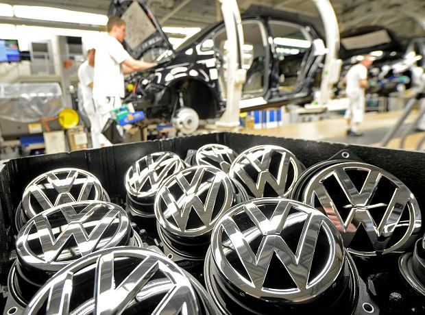 VOLKSWAGEN-SUPPLIERS/