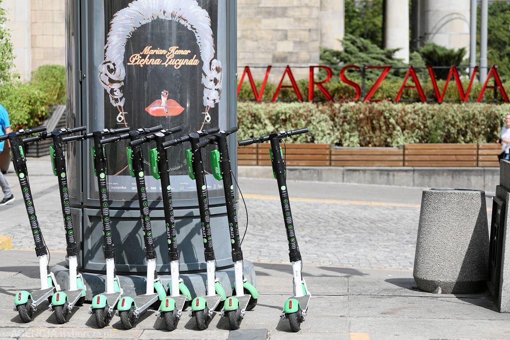 Hulajnogi elektryczne w Warszawie (zdjęcie ilustracyjne)