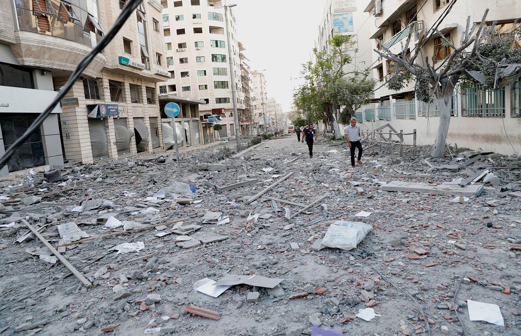 Zniszczenia w Strefie Gazy w poniedziałek 17 maja 2021 roku