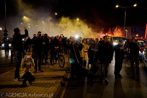 Zdjęcie numer 5 w galerii - Lokomotywa Lecha Poznań przejechała ulicami miasta pod stadion przy Bułgarskiej [ZDJĘCIA]