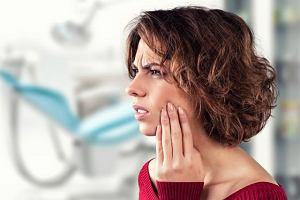 Ból w okolicy żuchwy i skroni: to nie musi być kłopot z zębami