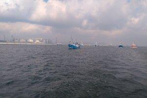 Protest rybaków na Zatoce Gdańskiej przeciw rozporządzeniu ministra z PiS