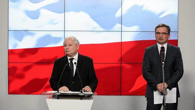 """Prawnik ostrzega przed """"piątką Kaczyńskiego"""". """"Mają świadomość, jakie będą konsekwencje"""""""
