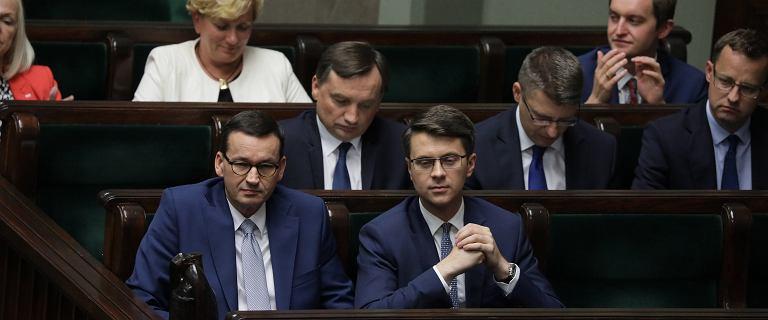 Rzecznik rządu: Możliwa jest rezygnacja z likwidacji 30-krotności składki ZUS