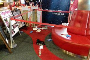 Szczecin. Atak nożownika w Multikinie w Galaxy. Jeden z rannych mężczyzn  zmarł w szpitalu 2054e338402