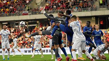 Mecz czwartej rundy eliminacji Ligi Konferencji Raków Częstochowa - KAA Gent. Stadion w Bielsku-Białej, 19 sierpnia 2021 r.