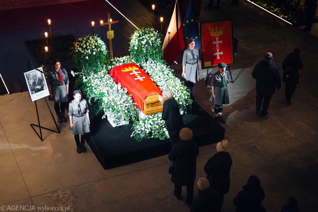 Pogrzeb Pawła Adamowicza. Którzy politycy wezmą udział w uroczystościach pogrzebowych?