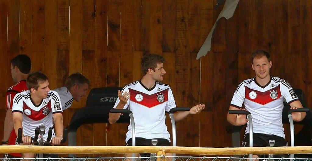 Philipp Lahm, Bastian Schweinsteiger), Thomas Mueller i Benedikt Hoewedes