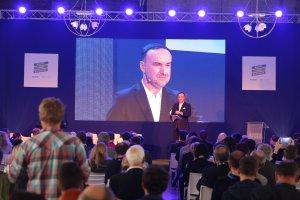 Facebook dla firm. Światowy gigant chce wspierać firmy w Polsce