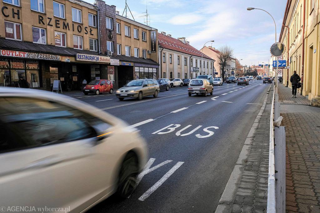 Ze względu na skargi mieszkańców policja będzie częściej kontrolować buspasy w Rzeszowie