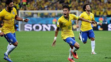 Neymar cieszy się z bramki