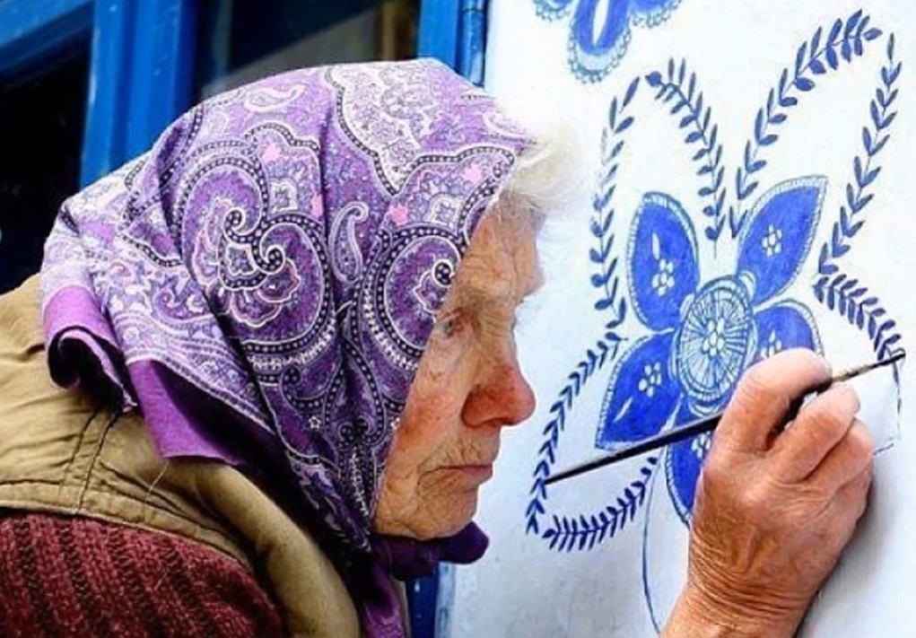 Poznajcie 91-letnią Anezkę Kasparkovą - malarkę ludową z Czech.
