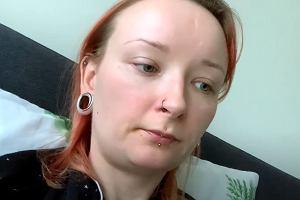 Red Lipstick Monster wyznaje: Groziło mi wycięcie macicy. Blogerka niedawno przeszła dwie poważne operacje